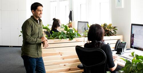 Customer-service-image-cs-team